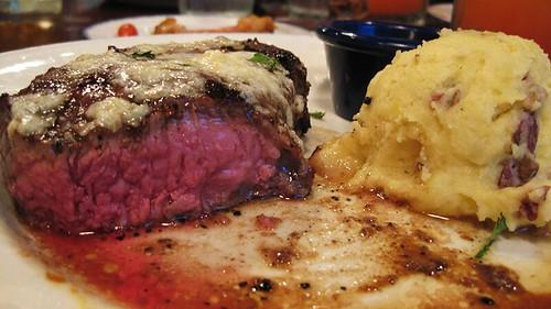 steakz and potatoez