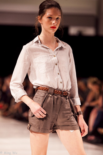 Ottawa Fashion Week 2011 - Valerie Dumaine