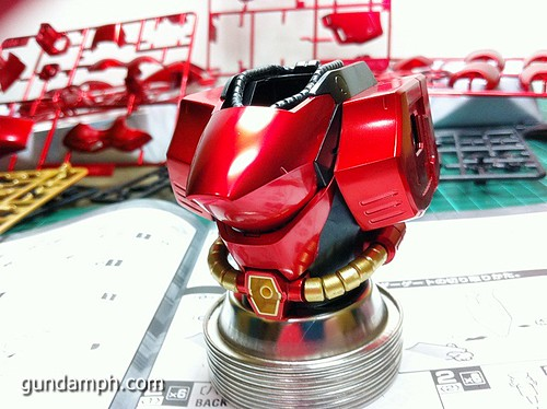 MG Sazabi Metallic Coating (Titanium-Like Finish) (20)