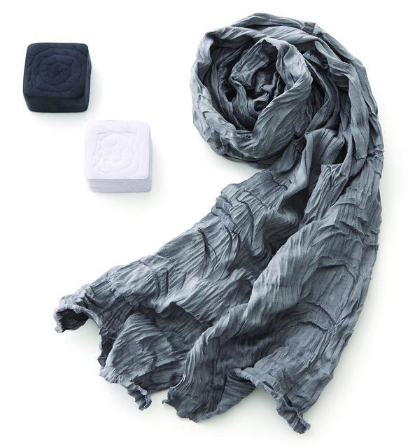 shrink-wrap scarf