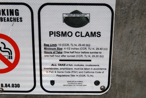 Pismo clams sign
