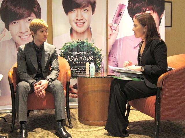 Keri interviews Kim Hyun Joong
