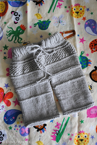 Hand Knit Baby Pants from the Kanoko Pattern (2/3)