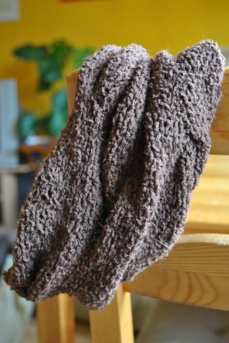 ein geschlossener Schal/Halstuch