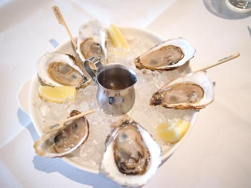 Half Dozen Oysters, Luke's Oyster Bar & Chop House, Gemmill Lane off Club Street, Singapore