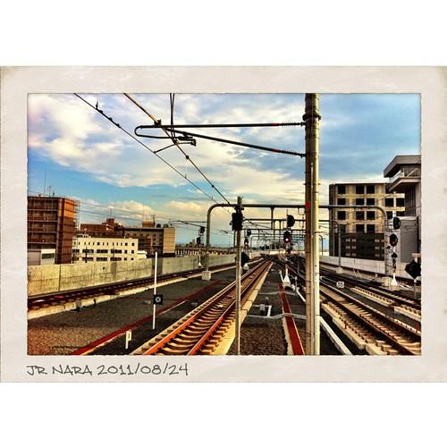 JR奈良駅の端っこに立ってみた! #iphonography #instagram