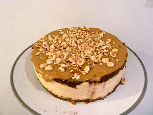 caramel chocolate hazelnut cheesecake