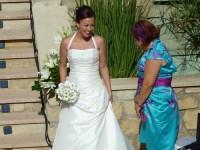 Radiante y blanca va la novia!