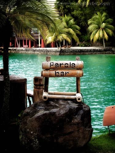 Parola Bar, Pearl Farm Beach Resort