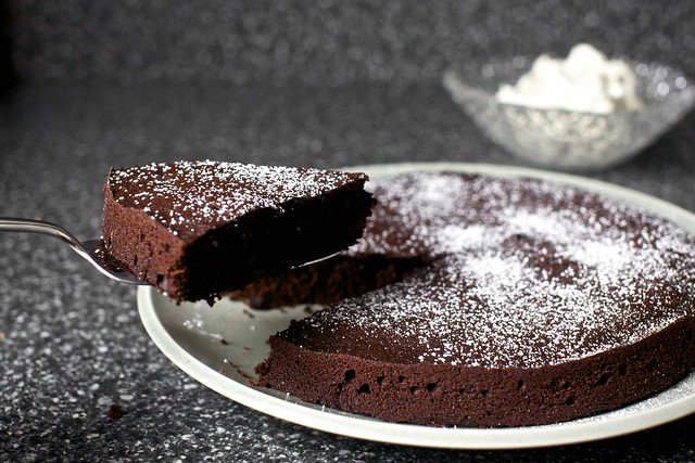 red wine chocolate cake, dusted