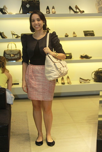 A Simone tb foi mais uma que já está por aí a desfilar uma bolsa nova !!!!