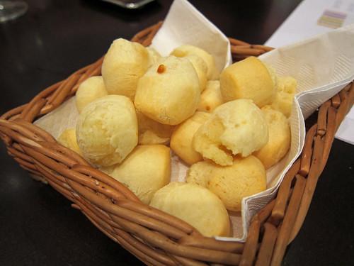 Mini Pão de Queijo