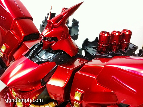 MG Sazabi Metallic Coating (Titanium-Like Finish) (64)