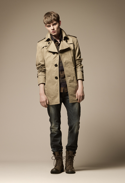 Stany-Marks Stanworth0087_Burberry Blue Label Fall 2011