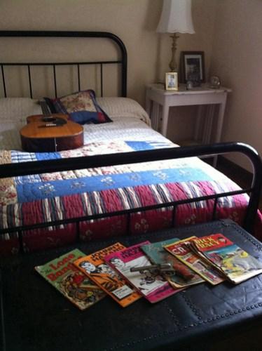 Elvis' bedroom at Lauderdale Courts, Memphis, Tenn.