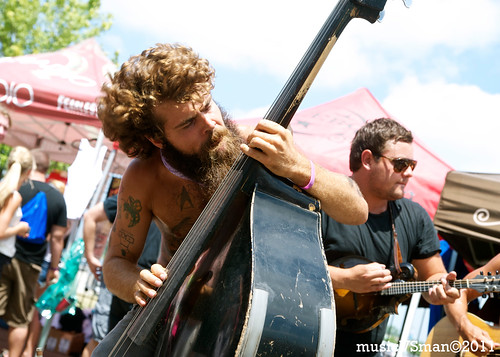 Larry and His Flask @ Warped Tour 2011