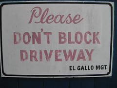 """Ell Gallo, South Congress Ave, Austin, TX • <a style=""""font-size:0.8em;"""" href=""""http://www.flickr.com/photos/41570466@N04/6267301812/"""" target=""""_blank"""">View on Flickr</a>"""