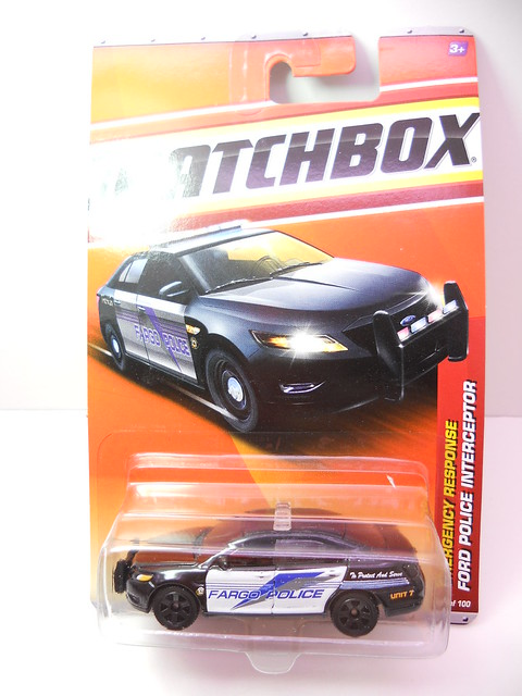 matchbox ford police interceptor (1)