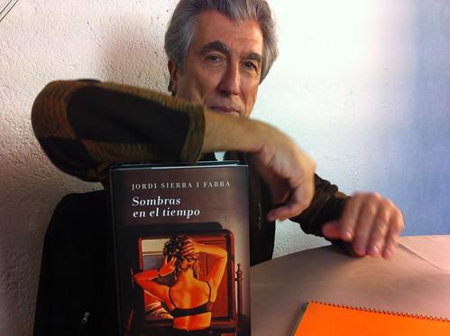 Jordi Sierra i Fabra en LaVisita con JabierCalle desde Larruzz by LaVisitaComunicacion