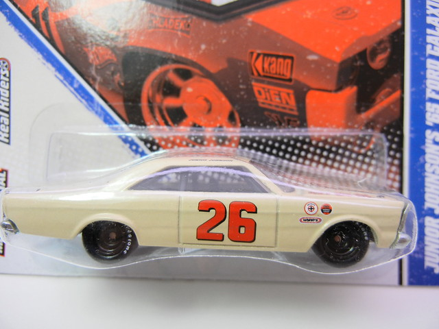 HOT WHEELS VINTAGE RACING JUNIOR JOHNSON'S '65 FORD GALAXIE 500 (2)