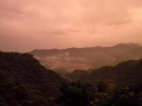 山邊夕陽1