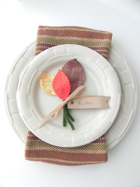 Fall placecards and centerpiece