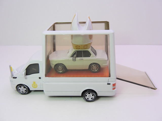 disney cars 2 pope and popemobile loose (7)