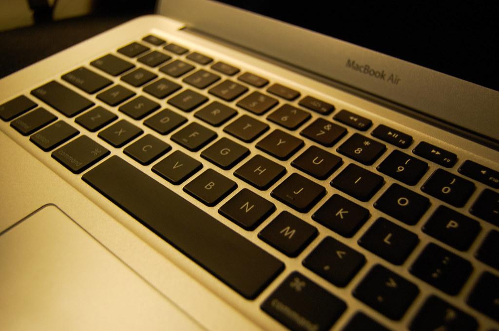 I really love this pure english keyboard.