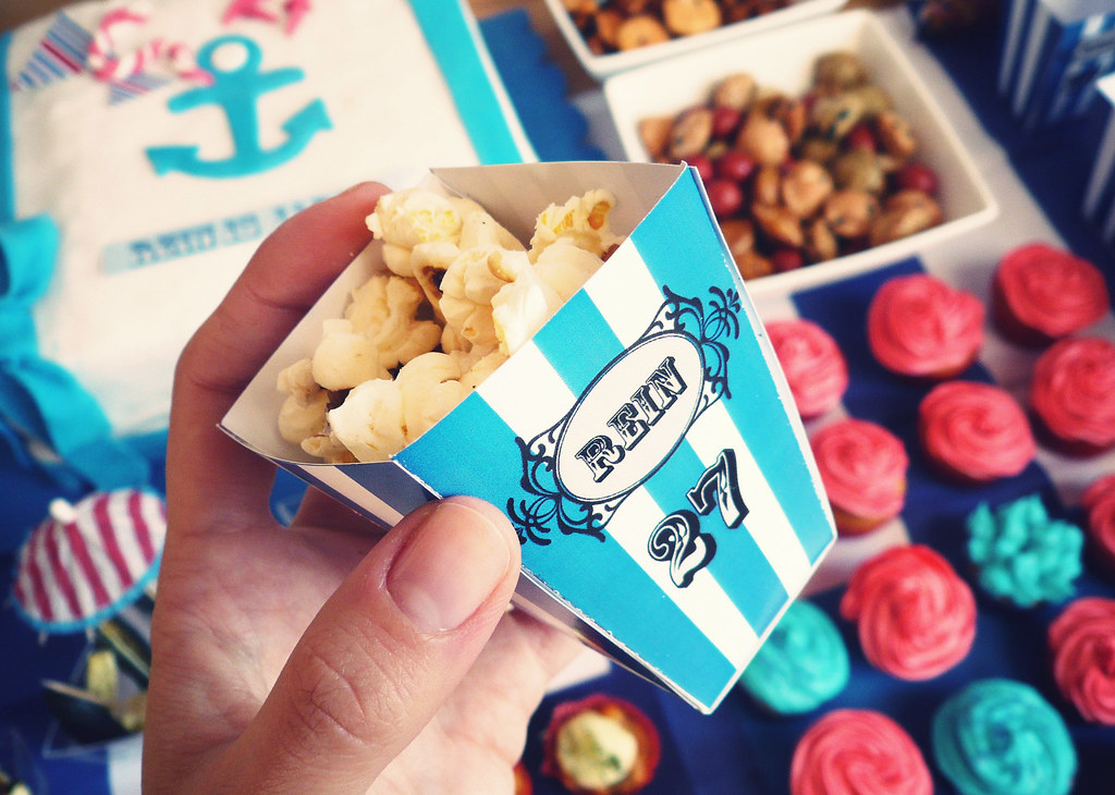 sweet popcorn party favor