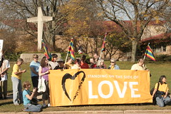 Unitarian Universalists counter protest Westboro