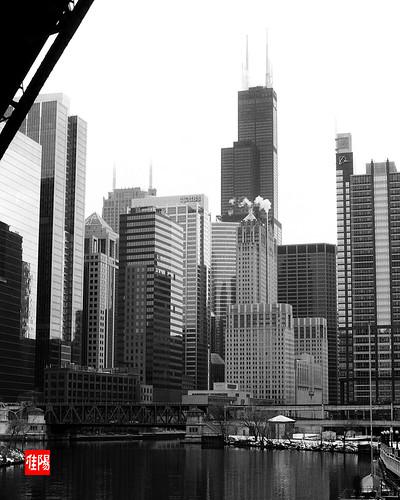 AE1P CHI TMax100 ChicagoRiverS02B
