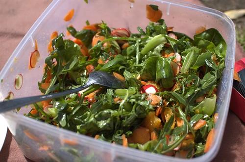 Citrusy carrot & radish salad