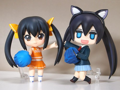 Another Azunyan x Puchitto Rock Shooter swap