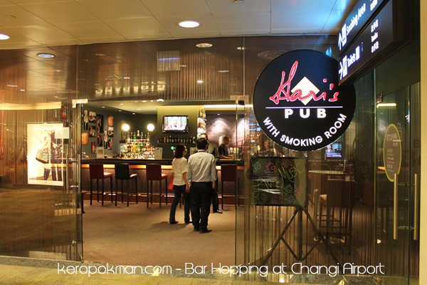 Changi Airport - Hari's Pub