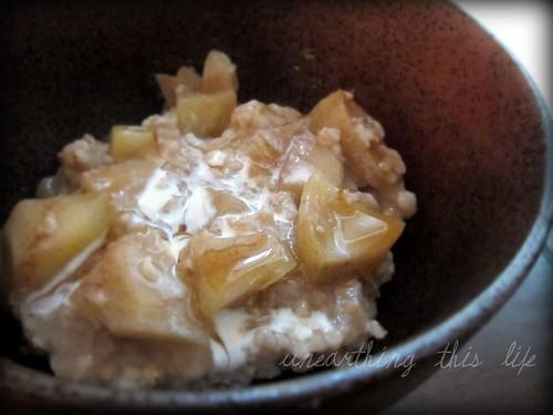 apple dumpling-inspired oatmeal