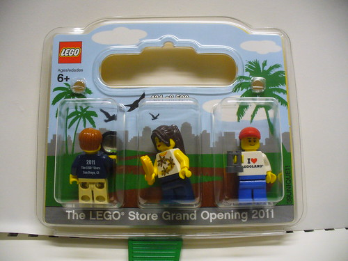 San Diego Store Minifigs