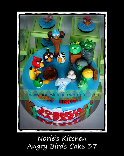 Norie's Kitchen - Angry Birds Cake 37 by Norie's Kitchen