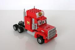 8486 Mack's Team Truck - Mack Front