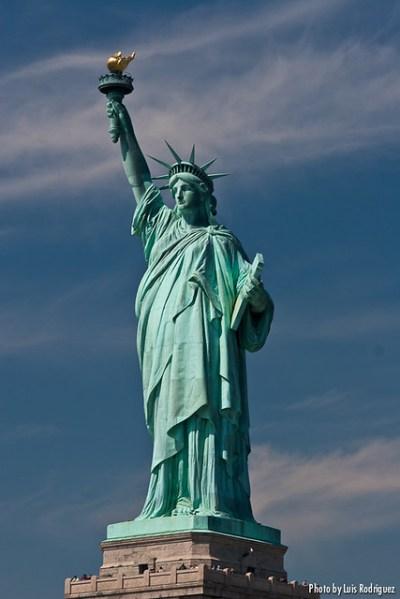 125º cumpleaños de la Estatua de la Libertad - Profundidad ...
