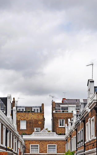 there's a lot of space above notting hill.
