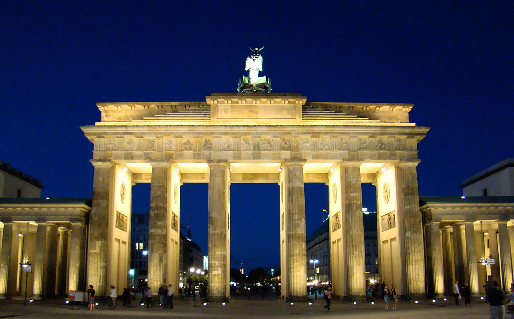Berlin Puerta de Brandemburgo Alemania 11