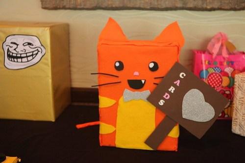 PANCAKE CARD BOX