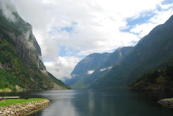 El Nærøyfjord desde Gudvangen