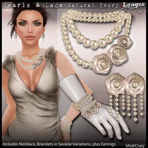 *League* Pearls and Lace Jewellery Set