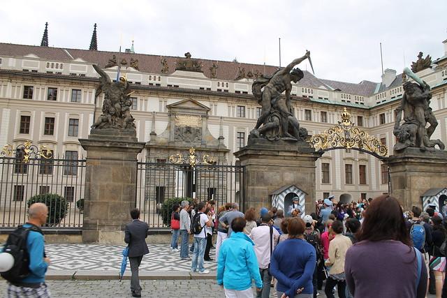 Relève de la garde, Hradčany, Prague