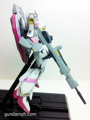 MG Zeta Karaba White Unicorn Painted Build (7)
