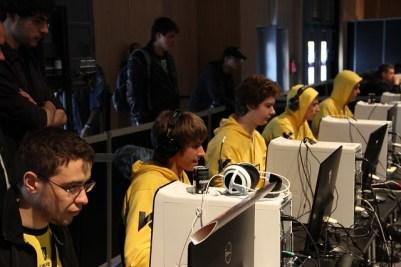 Na'Vi Dota2 team in action