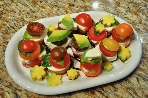 tomato mozzarella avocado salad