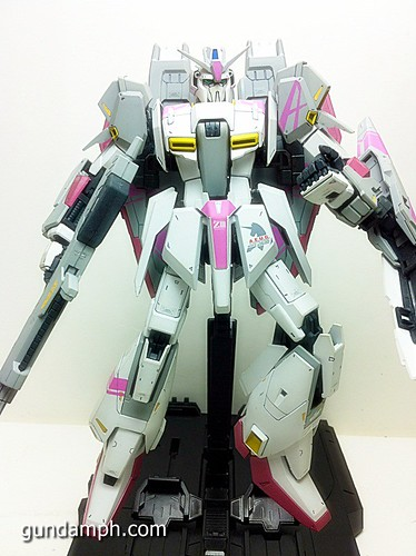 MG Zeta Karaba White Unicorn Painted Build (1)