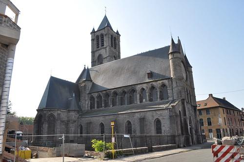 2011.09.25.036 TOURNAI - Rue du Château - Église Saint-Nicolas